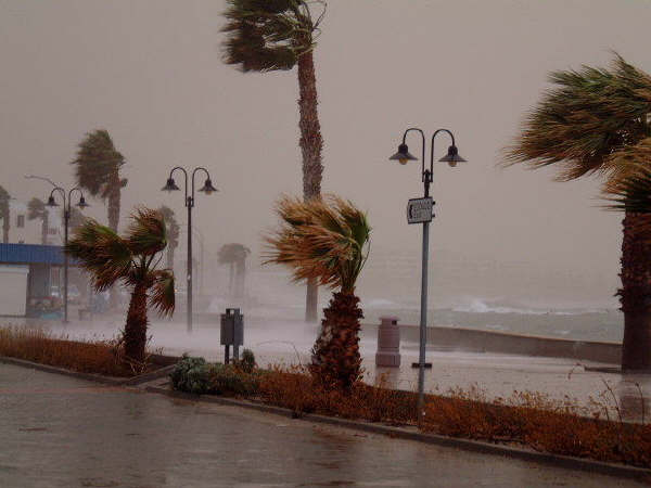 Погода в пафосе шторм