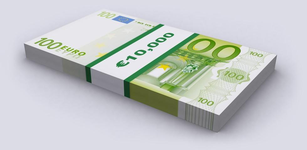 10000 евро, десять тысяч евро