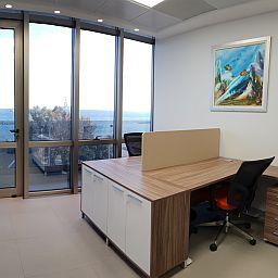 Офис на Кипре