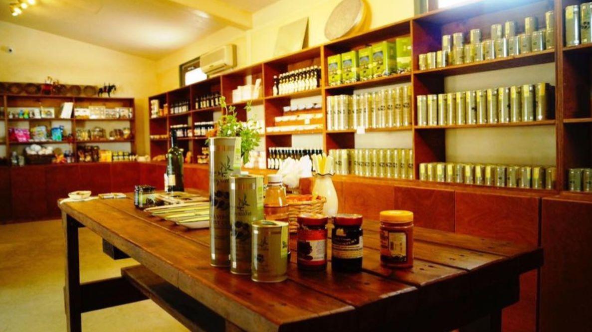 Магазин на ослиной фермой на Кипре