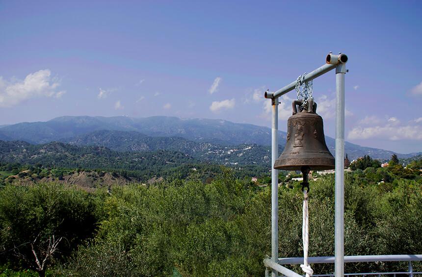 Колокол Часовни Христоса Кипуроса в Тримиклини